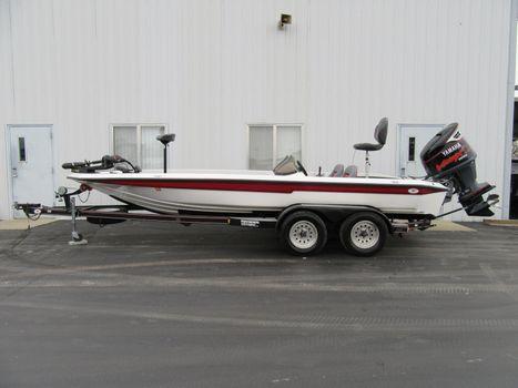 1996 Champion Boats 202 Dc