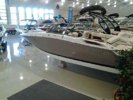 2015 COBALT BOATS 24SD