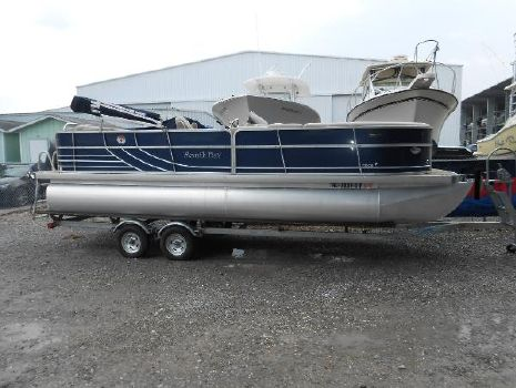 2010 South Bay 722 CR Tritoon
