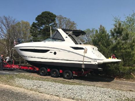 2013 SEA RAY 350 Sundancer