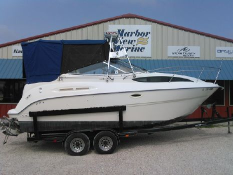 2003 Bayliner 245 Sunbridge