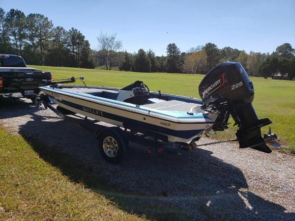 Check Out This 1994 Bullet 20xd On Boattrader Com