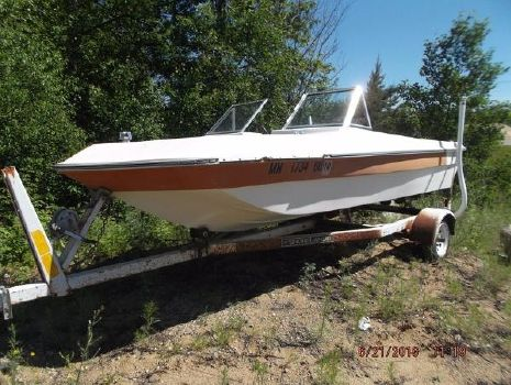 1997 Thundercraft Boat