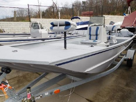 2016 G3 Boats 1860 CCT Deluxe