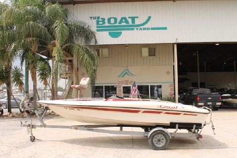 1999 Viper Boats Coral 191 Fish and Ski