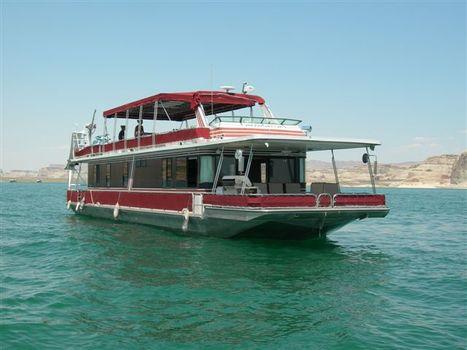 1990 Stardust Custom Cruiser Houseboat