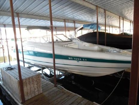 1996 Wellcraft 2600 ECLIPSE BOWRIDER