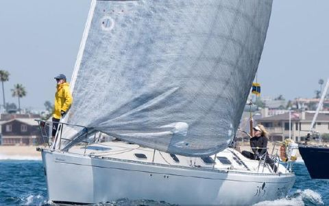 1991 Beneteau First 38.5 Fusee under sail