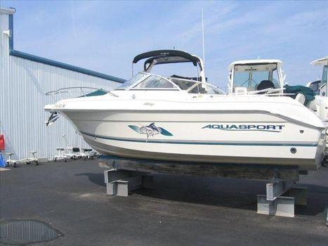 2004 Aquasport Osprey 215