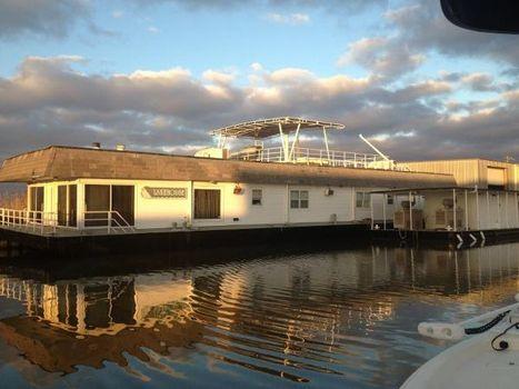 1994 Custom Houseboat