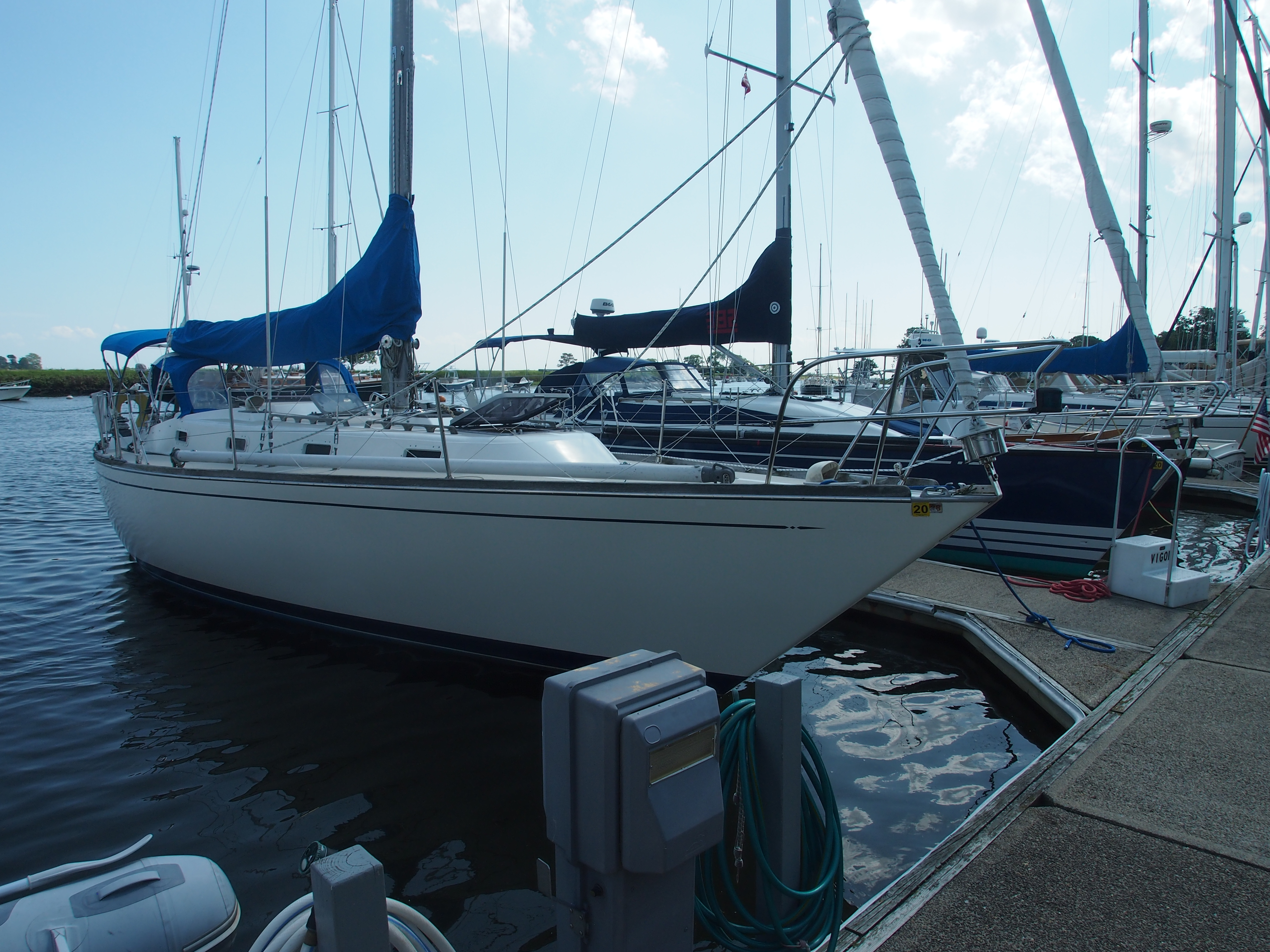 Check out this 1981 TARTAN 37 on Boattrader com
