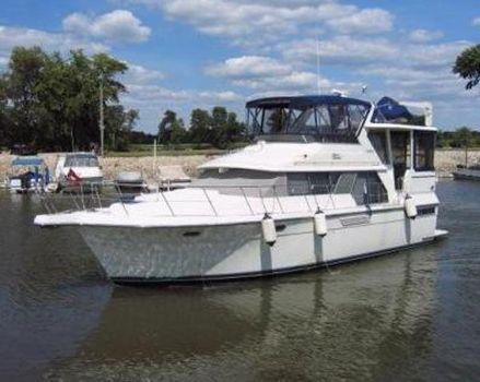 1995 Carver 440 Aft Cabin Motor Yacht 1995 Carver 440 Aft Cabin Motor Yacht
