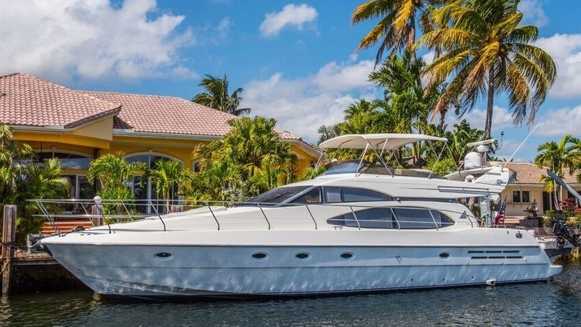 Check out this 1999 AZIMUT 58 Fly on Boattrader com