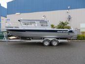 2015 KingFisher 2525 Offshore Weekender