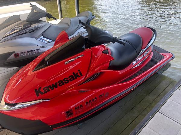 Check out this 2006 KAWASAKI Ultra 250 X on Boattrader com
