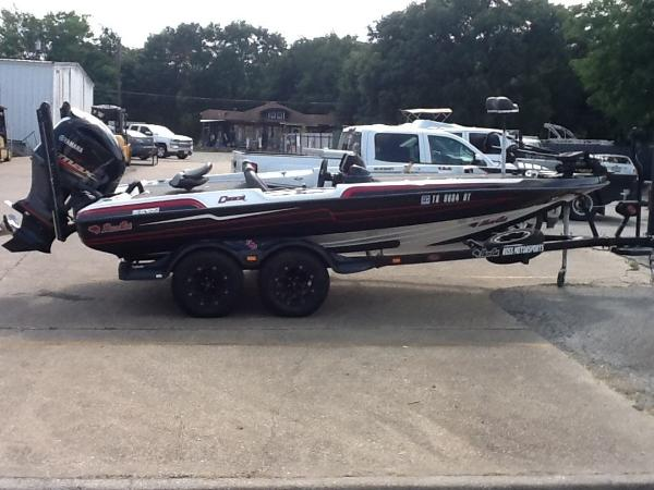 Check out this 2017 BASS CAT BOATS Caracal on Boattrader com