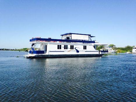 2000 Fantasy Houseboat Atlantis