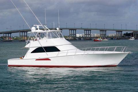 2005 Viking Yachts Convertible w/ Mezzanine