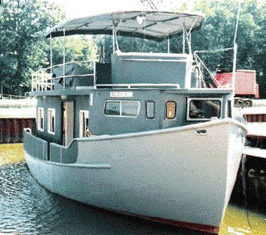 2004 Custom Trawler Hull Houseboat Main