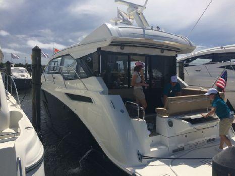 2017 Sea Ray 460 Sundancer