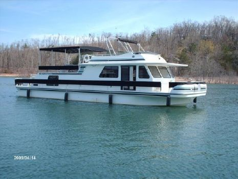 1999 Gibson 5500 SERIES Photo 1 - Starboard Forward