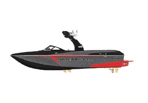 2016 Malibu Boats LLC Wakesetter 25 LSV