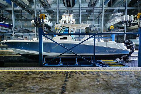 2012 Boston Whaler 370 Outrage Port Profile