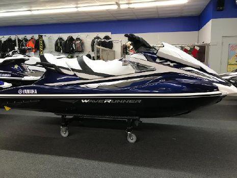 2018 Yamaha WaveRunner VX Cruiser