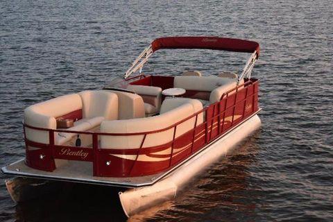 2018 Bentley 240 Fish-N-Cruise