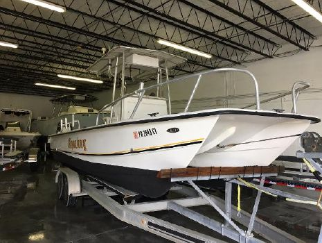 2001 Twin Vee 26 Center Console