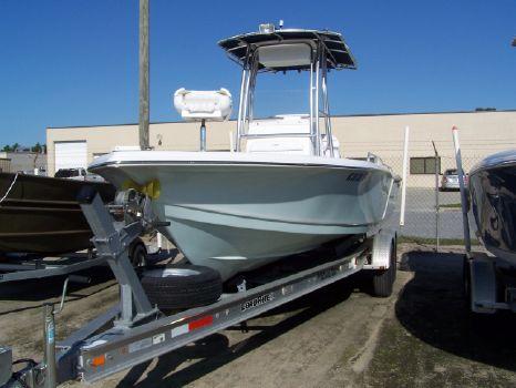 2011 Tidewater Boats 2400 Bay Max Cc