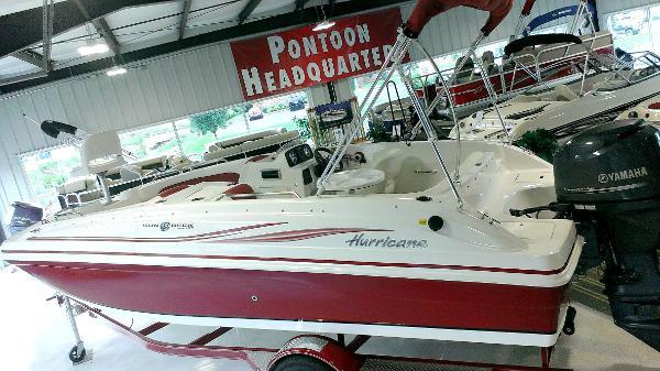 2014 Hurricane SunDeck Sport 188 OB