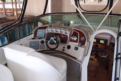 2005 Carver 560 Voyager