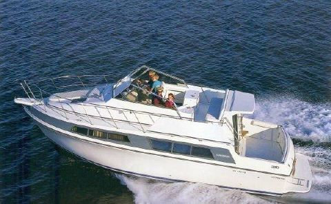 1995 Carver 330 Mariner Carver Mariner 330 Sistership Manufacturer Photo