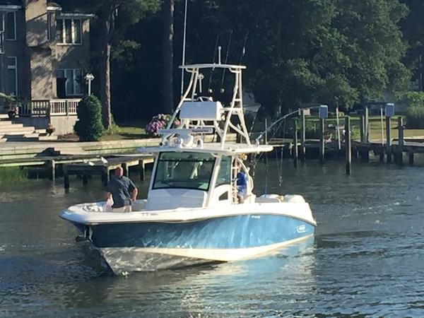 2016 Boston Whaler 370 Outrage