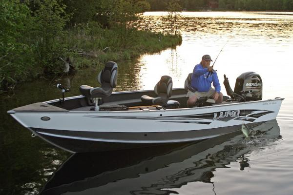 2015 lund 1775 pro guide for Used fishing boats for sale in iowa