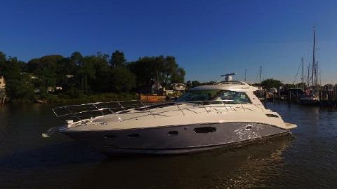 2012 Sea Ray 450 Sundancer Port Bow