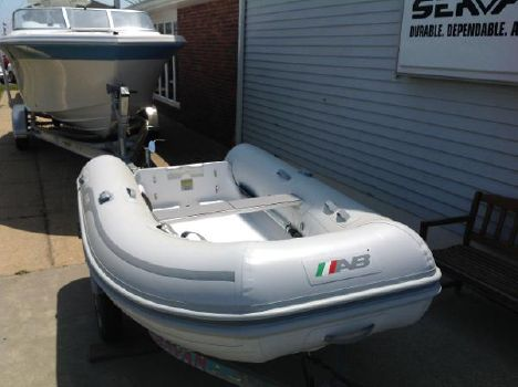 2016 AB Inflatable 9 VS Navigo Deluxe Open Tender