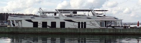 2005 Sumerset 18 X 97