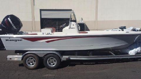2017 Ranger 220 Bahia