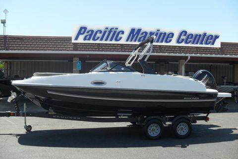 2017 Bayliner 210 Deck Boat-Mercury 150hp