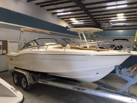2017 Scout Boat Company Dorado Series 210