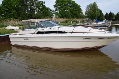 1984 Sea Ray 340 Express Cruiser 1984 Sea Ray 340 Express for Sale by Great Lakes Boats & Brokerage 440 221 9001