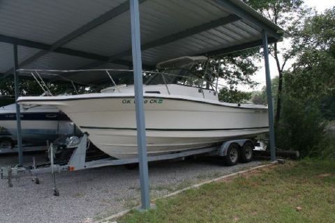2000 Bayliner 2352 Trophy Walkaround Photo 1