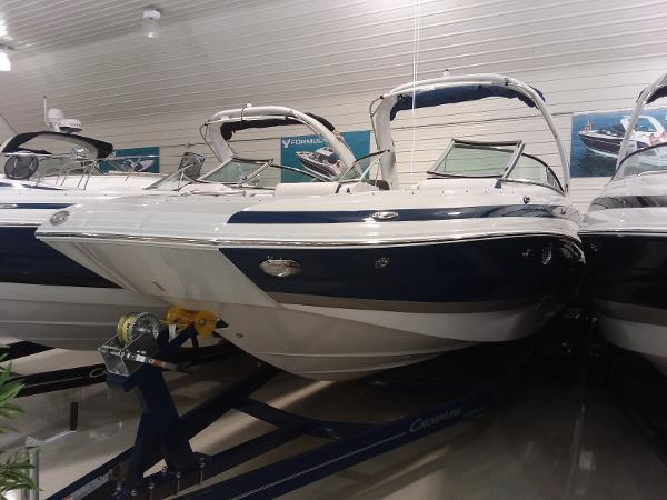 New 2019 CROWNLINE E285, Hastings, Mn - 55033 - Boat Trader