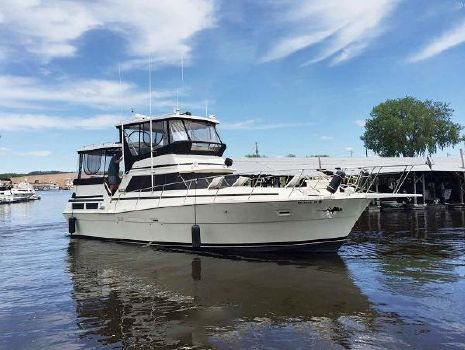 1980 Viking 43 Double Cabin Motor Yacht Main Profile