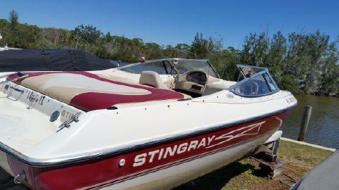 1999 Stingray 200 Lx