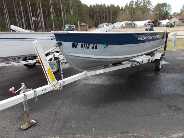 Sylvan | New and Used Boats for Sale in Wisconsin