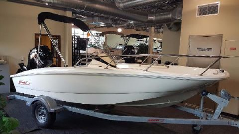 2017 Boston Whaler 150 Super Sport