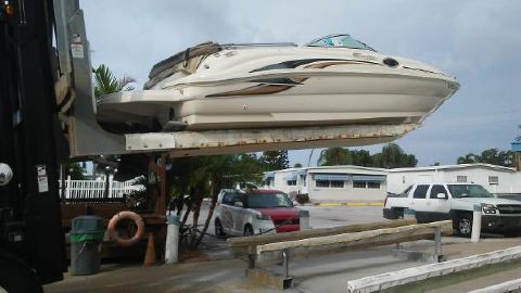 2001 SEA RAY 240 Sundeck